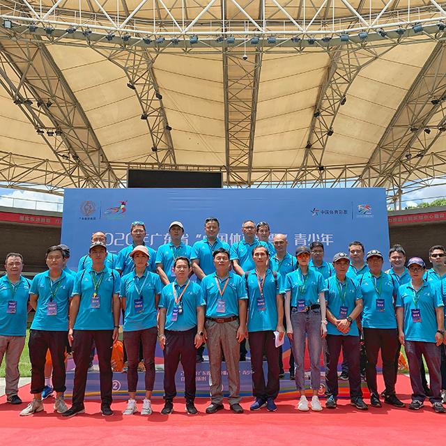 广州哪里有专业做运动体育服装的?